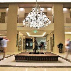 Отель The Kresten Royal Villas & Spa интерьер отеля фото 3