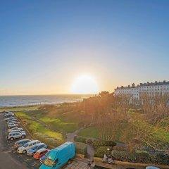 Отель Grand Seaview Apartment Великобритания, Хов - отзывы, цены и фото номеров - забронировать отель Grand Seaview Apartment онлайн пляж