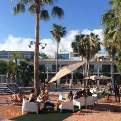 Pambos Napa Rocks Hotel - Adults Only пляж
