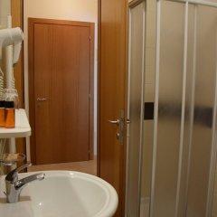 Отель La Busa dellOro Италия, Региональный парк Colli Euganei - отзывы, цены и фото номеров - забронировать отель La Busa dellOro онлайн ванная фото 2