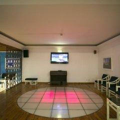 Отель Apartamento Mirachoro II Португалия, Портимао - отзывы, цены и фото номеров - забронировать отель Apartamento Mirachoro II онлайн спортивное сооружение