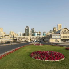 Отель Sheraton Sharjah Beach Resort & Spa городской автобус