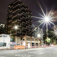 Апартаменты Spencer Street Apartments парковка