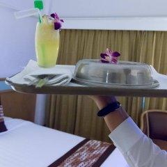 The Dynasty Hotel в номере