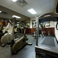 Отель Thompson Hotel & Conference Center Канада, Камлупс - отзывы, цены и фото номеров - забронировать отель Thompson Hotel & Conference Center онлайн фитнесс-зал фото 2