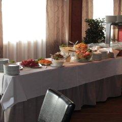 Отель Nurmeshovi Финляндия, Нурмес - отзывы, цены и фото номеров - забронировать отель Nurmeshovi онлайн питание фото 2