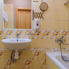 Гостиница Невский Бриз 3* Стандартный номер с двуспальной кроватью фото 18