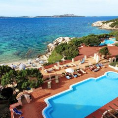 Отель Grand Hotel Smeraldo Beach Италия, Байя-Сардиния - 1 отзыв об отеле, цены и фото номеров - забронировать отель Grand Hotel Smeraldo Beach онлайн пляж фото 2