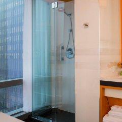Отель Courtyard by Marriott New York Manhattan/Central Park США, Нью-Йорк - отзывы, цены и фото номеров - забронировать отель Courtyard by Marriott New York Manhattan/Central Park онлайн ванная
