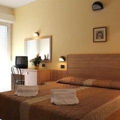 Hotel Globus сейф в номере