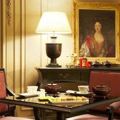 Отель Castille Paris - Starhotels Collezione Франция, Париж - 4 отзыва об отеле, цены и фото номеров - забронировать отель Castille Paris - Starhotels Collezione онлайн в номере фото 2