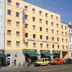 Отель A&O Berlin Friedrichshain фото 2