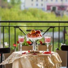 Гостиница Soviet Hotel в Иркутске 1 отзыв об отеле, цены и фото номеров - забронировать гостиницу Soviet Hotel онлайн Иркутск балкон