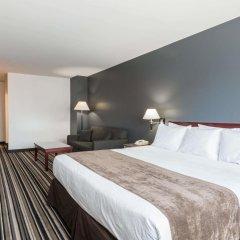 Отель Super 8 Downtown Toronto комната для гостей