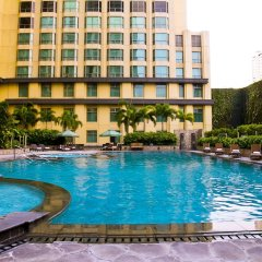 Отель New Coast Hotel Manila Филиппины, Манила - отзывы, цены и фото номеров - забронировать отель New Coast Hotel Manila онлайн бассейн фото 2