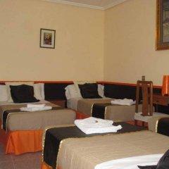 Отель Hostal Chelo Испания, Мадрид - 3 отзыва об отеле, цены и фото номеров - забронировать отель Hostal Chelo онлайн питание фото 3
