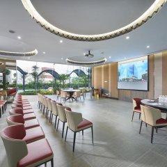 Hotel Boss Сингапур питание