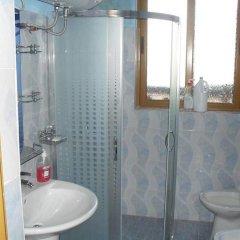 Отель Rooms Emiliano Албания, Kruje - отзывы, цены и фото номеров - забронировать отель Rooms Emiliano онлайн ванная