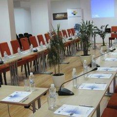 Отель Belvedere Holiday Club Болгария, Банско - отзывы, цены и фото номеров - забронировать отель Belvedere Holiday Club онлайн помещение для мероприятий фото 2