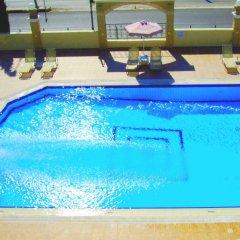 Antonios Hotel бассейн