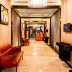 Отель Bally Suite Silom Бангкок интерьер отеля фото 3