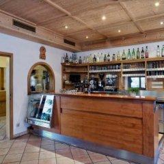 Hotel Christine Гаргаццоне гостиничный бар