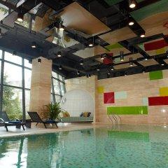 Отель Aloft Beijing, Haidian бассейн