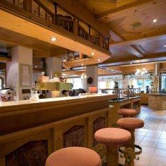 Отель Alpenpanorama Австрия, Зёлль - отзывы, цены и фото номеров - забронировать отель Alpenpanorama онлайн гостиничный бар