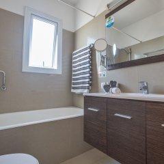 Отель Flouressia Gardens Протарас ванная фото 2