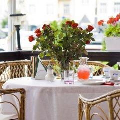 Гостиница Салют Отель Украина, Киев - 7 отзывов об отеле, цены и фото номеров - забронировать гостиницу Салют Отель онлайн питание фото 2