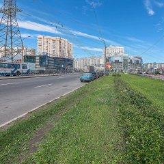 Отель FlatHome24 metro Komendanskiy prospect Санкт-Петербург городской автобус