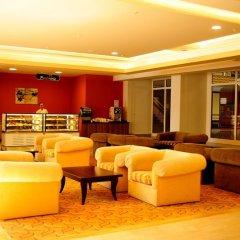Отель Holiday Park Resort Окурджалар интерьер отеля фото 3