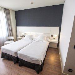 Отель Axor Feria комната для гостей фото 5