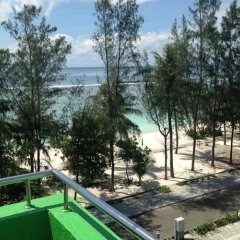 Отель Beach Grand & Spa Premium Мальдивы, Мале - отзывы, цены и фото номеров - забронировать отель Beach Grand & Spa Premium онлайн бассейн
