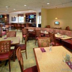 Отель Holiday Inn Raleigh Durham Airport питание фото 3