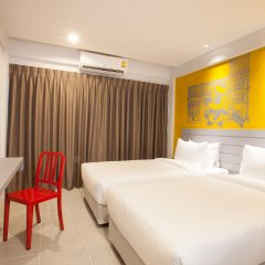 Отель Recenta Express Phuket Town Пхукет комната для гостей фото 3
