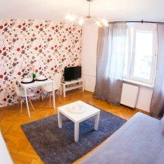 Отель Little Home - Warsaw Royal Польша, Варшава - отзывы, цены и фото номеров - забронировать отель Little Home - Warsaw Royal онлайн комната для гостей