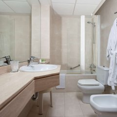 Отель Nh Rambla de Alicante ванная