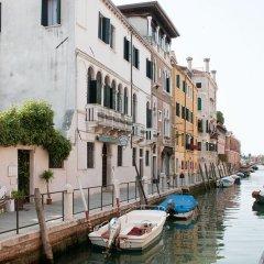 Отель Axel Venezia Венеция приотельная территория