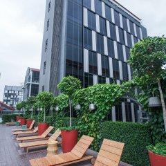 Отель M Social Singapore пляж