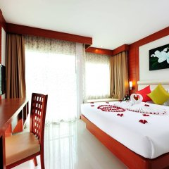Отель Baumancasa Beach Resort сейф в номере