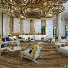 Отель Amari Phuket гостиничный бар