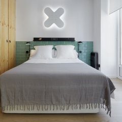 Апартаменты Easo Plaza Apartment by FeelFree Rentals комната для гостей