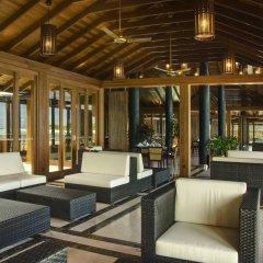 Отель Paradise Island Resort & Spa интерьер отеля