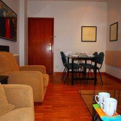 Отель Aparthotel Bertran Испания, Барселона - отзывы, цены и фото номеров - забронировать отель Aparthotel Bertran онлайн комната для гостей фото 2