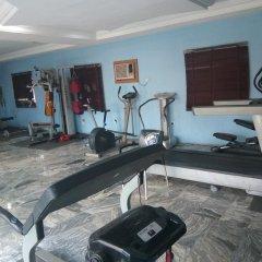 Отель Top Rank Hotel Galaxy Enugu Нигерия, Энугу - отзывы, цены и фото номеров - забронировать отель Top Rank Hotel Galaxy Enugu онлайн фитнесс-зал