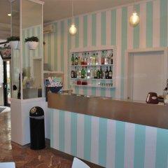 Hotel Villa Del Parco Римини гостиничный бар