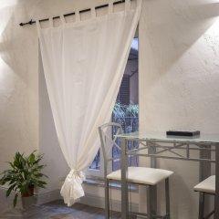 Отель Delsi Suites Pantheon Италия, Рим - отзывы, цены и фото номеров - забронировать отель Delsi Suites Pantheon онлайн помещение для мероприятий