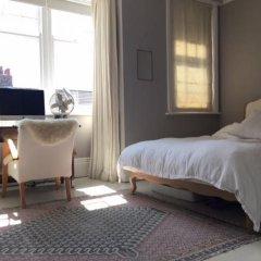 Отель 3 Bedroom Family Home In Brighton Sleeps 6 Великобритания, Брайтон - отзывы, цены и фото номеров - забронировать отель 3 Bedroom Family Home In Brighton Sleeps 6 онлайн комната для гостей фото 2