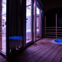 Отель Ecosuite & SPA бассейн